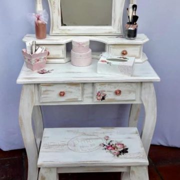 Arte Mix Media - Mueble con espejo intervenido